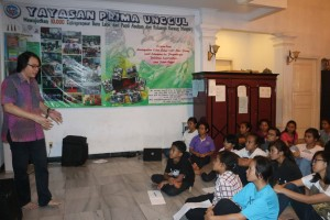 pelatihan Public Speaking  bersama The Accelerator