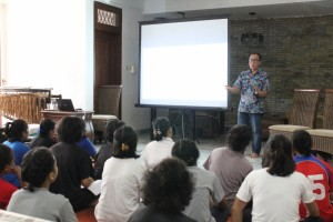 Bpk Yan Wibisono - Associate Director of Human Resources & General Services McDonald's Indonesia (02-11-2019)